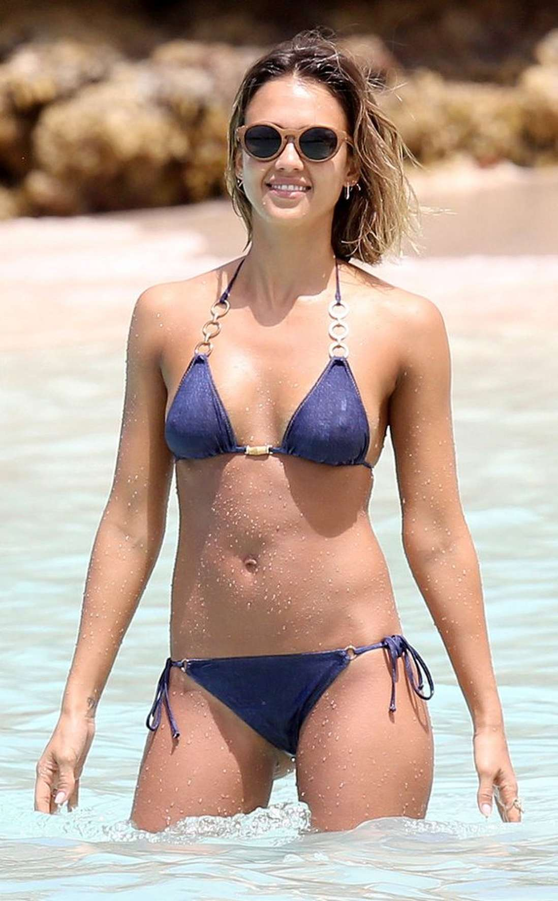 mature-celebrities-celebrity-bikini-hair-mom
