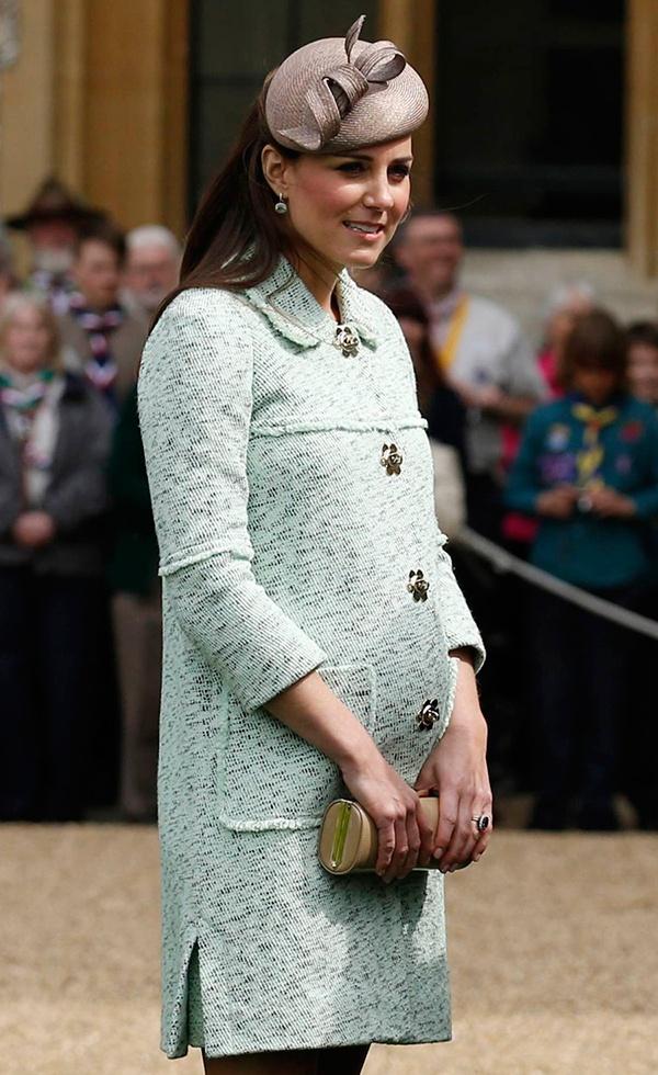 Фото беременной сати казановой фото 14-367