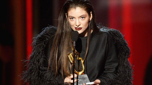 Billboard Music Awards 2014: Lorde