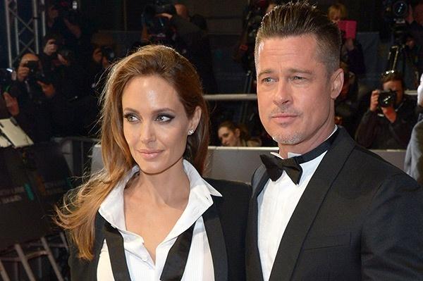 Анджелина Джоли и Бред Питт сыграли свадьбу