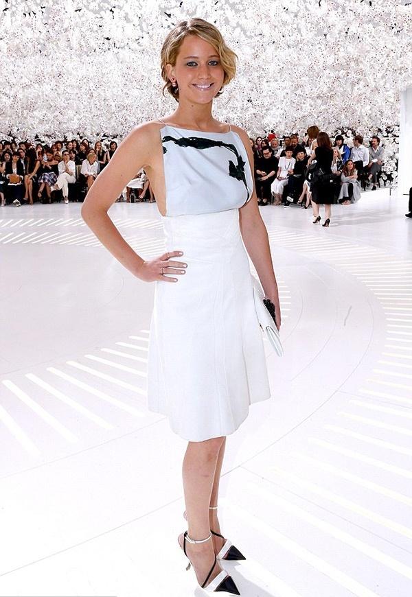 Дженифер Лоуренс на показе Dior