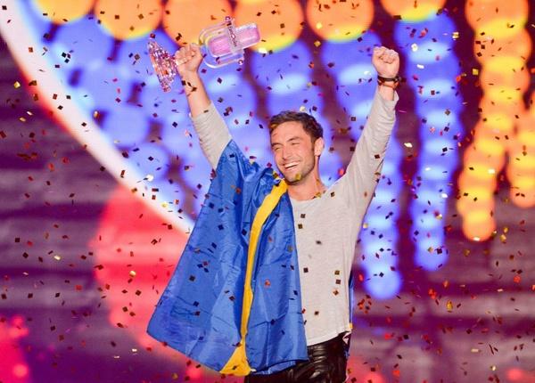 """Монс Сельмерлёв победил на """"Евровидении-2015"""""""